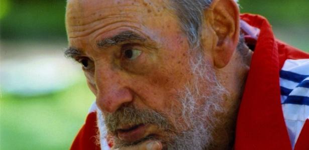 Fidel Castro diz que o povo cubano deve sempre buscar a superação - AP Photo/Granma