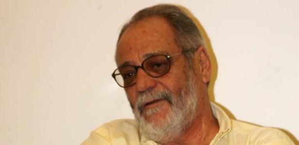 O autor de novela Walther Negrão