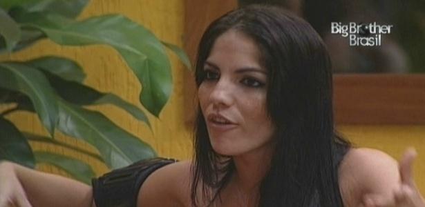 Maroca conversa com Lia sobre a indicação da líder Fernanda (14/3/10)