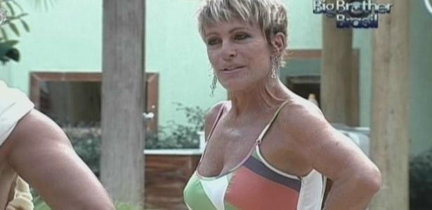 Ana Maria Braga visita casa do BBB 10 (14/3/10)