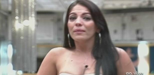 Anamara diz que deixou carta para deixar de ser policial (16/3/10)