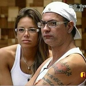 Dicesar e Fernanda são os primeiros a chegar na sala (24/3/10)