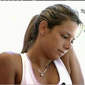 Fernanda pede explicações a Cadu sobre atitudes dele com Maroca (24/3/10)