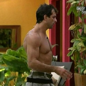 Dourado diz para Fernanda que está chateado por ter sido desclassificado (26/3/10)