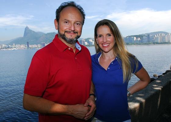 """Os repórteres Ernesto Paglia e Mariana Ferrão, do programa """"Globo Mar"""""""