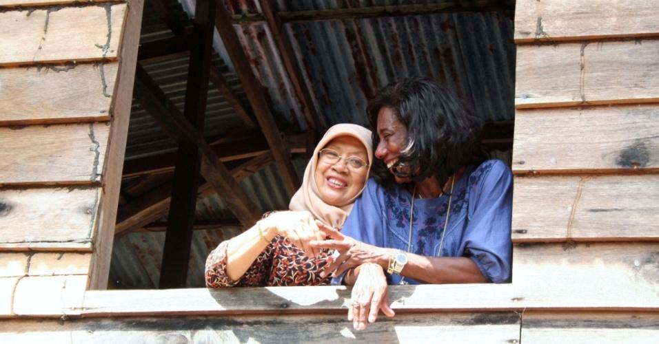 Glória Maria visita moradora do sultanato de Brunei em matéria do