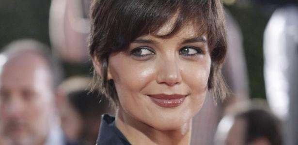 A atriz Katie Holmes em foto de 2008: Jacqueline Kennedy na minissérie The Kennedys