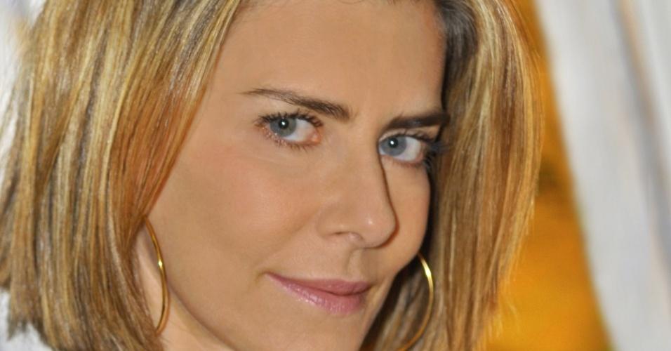 Maitê Proença em entrevista ao Canal Zap (maio/2010)