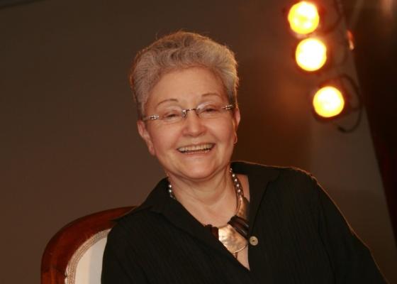 Maria Adelaide Amaral, autora de novelas, em entrevista ao Canal Zap (maio/2010)