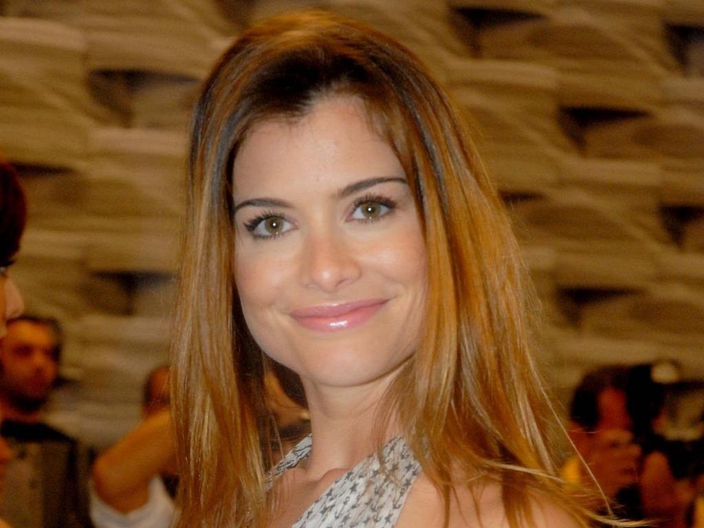 Alinne Moraes durante premiação do