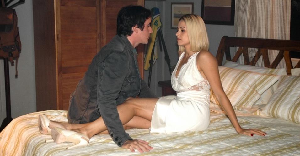 Caio Junqueira e Bianca Rinaldi durante gravação de