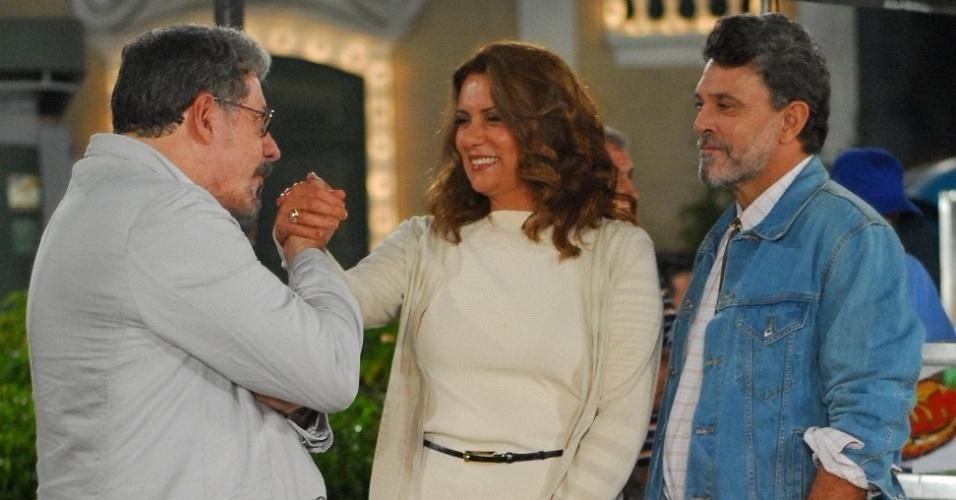 Antônio Grassi, Patrycia Travassos e Raymundo de Souza durante gravação de