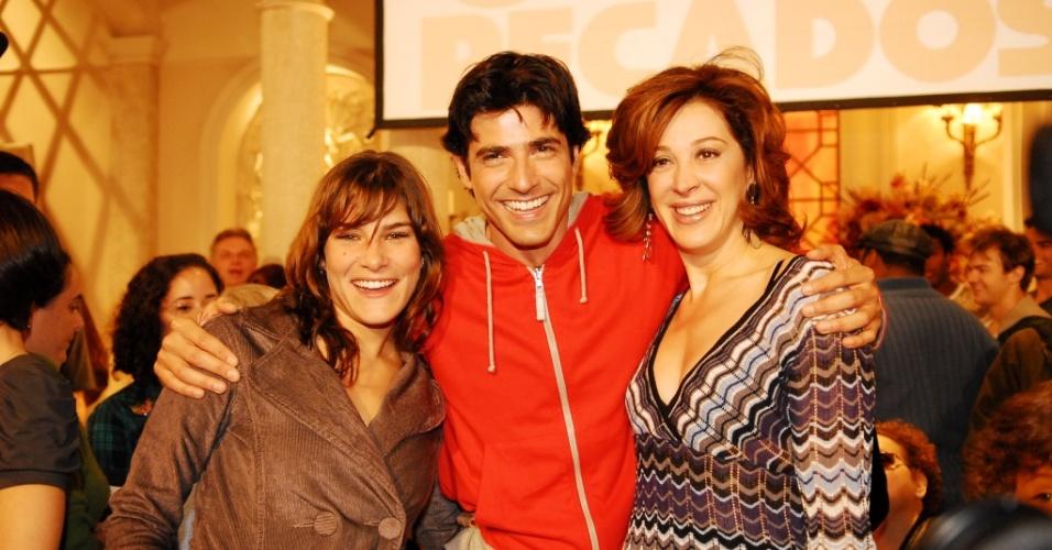 Priscila Fantin, Reynaldo Gianecchini e Claudia Raia em apresentação da novela
