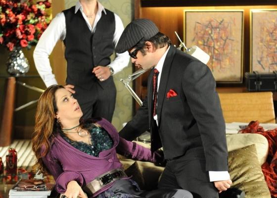 Claudia Raia e Murilo Benício durante gravação de cena de Ti-Ti-Ti prevista para ir ao ar dia 13/8