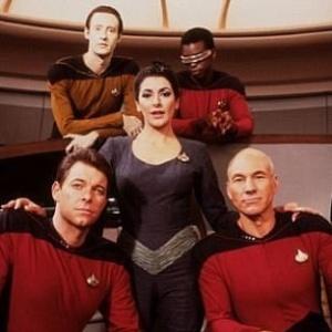 """Elenco do seriado """"Star Trek: The Next Generation"""" a bordo da Enterprise - Reprodução"""