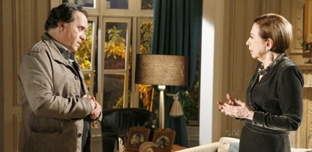 Tony Ramos e Fernanda Montenegro em cena de