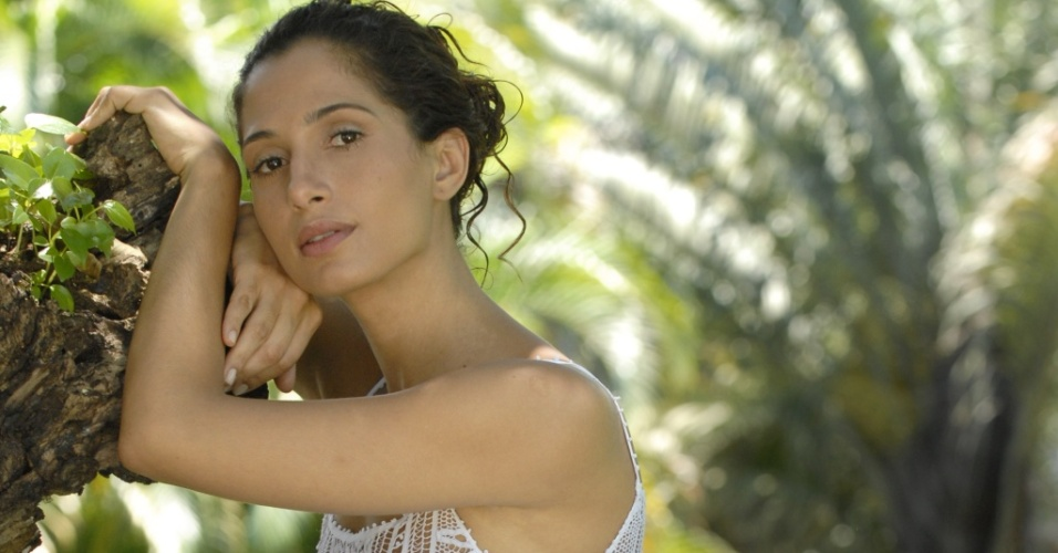 A atriz Camila Pitanga está no elenco de