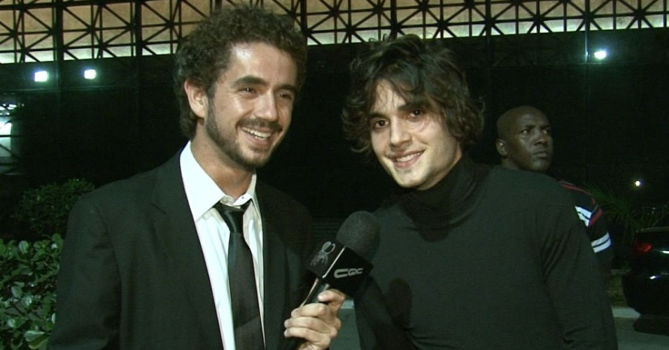 Felipe Andreoli entrevista Fiuk em São Paulo (20/9/10)