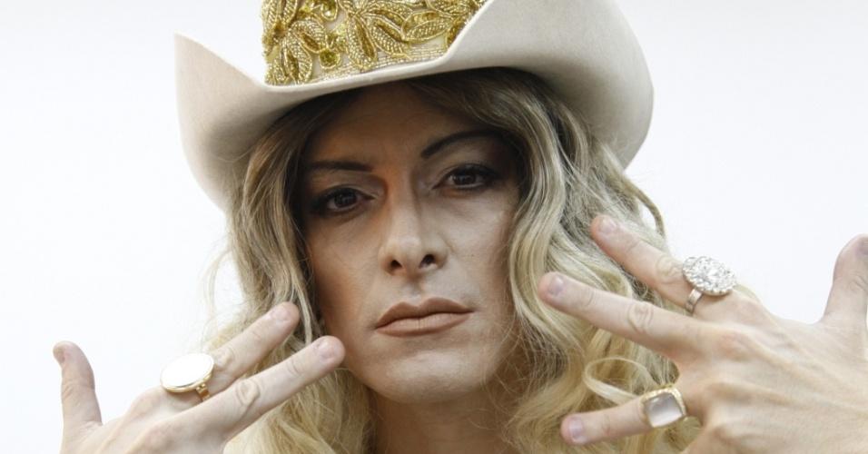 Rodrigo Faro imita Madonna em