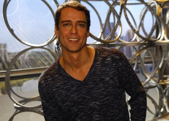 Marcello Antony, o Gerson de Passione, já trabalhou como garçom