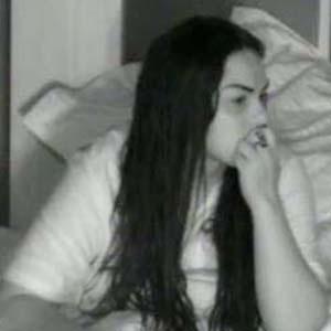 Mulher Melancia é a única que não consegue dormir depois da festa