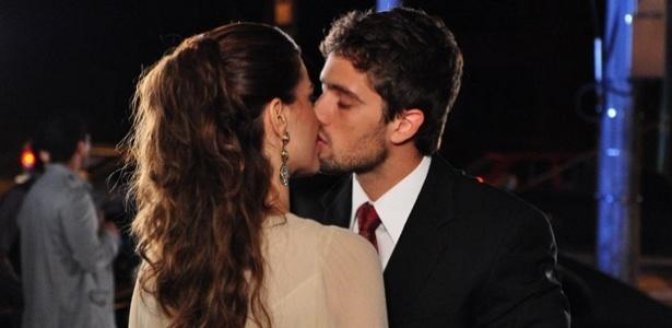 Mayana Neiva e Rafael Cardoso em cena de