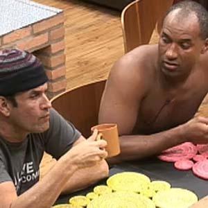Sérgio Mallandro e Viola conversam na cozinha (09/10/2010)