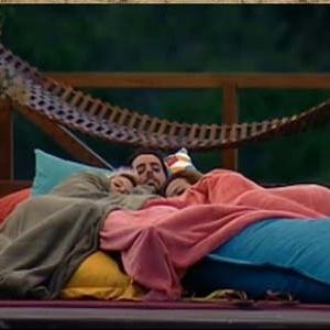 Luiza, Tico e Geisy conversam no deque (11/10/10)