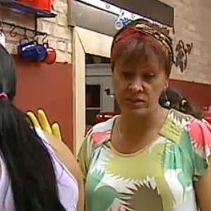 Nany People e Mulher Melancia conversam enquanto preparam o almoço (12/10/2010)