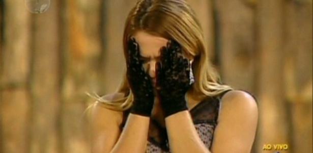 Depois de ver Geisy chorando ao saber que foi eliminada, Britto Jr pediu: Melhora essa carinha