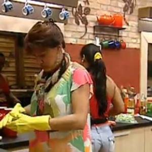 'Mamis' e Andressa preparam o almoço desta sexta-feira (15/10/10)