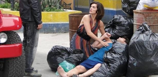 Rafael Cardoso, Mayana Neiva e Alexandre Slaviero em cena de