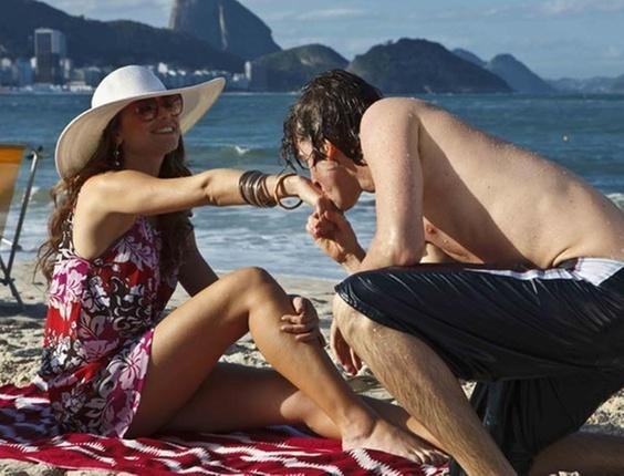 Alinne Moraes vive a protagonista Nadia em