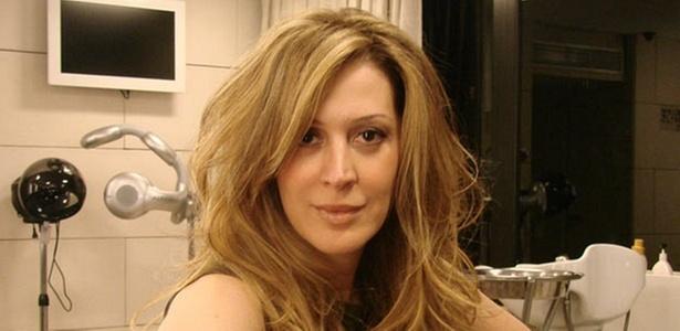 Claudia Raia fica loira para Jaqueline Maldonado, sua personagem em