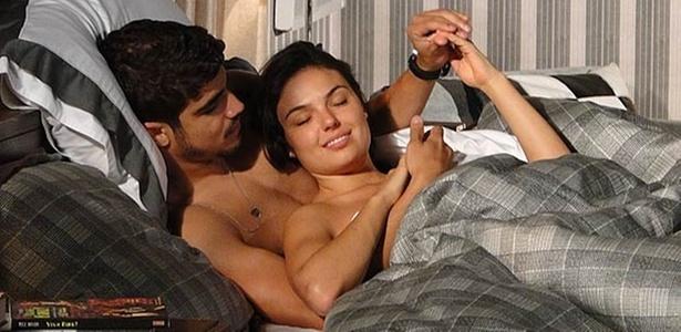 Edgar e Marcela têm sua primeira noite de amor (outubro/2010)