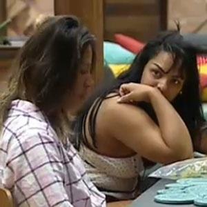 Piu-Piu conversa com Mulher Melancia no café da manhã (31/10/2010)