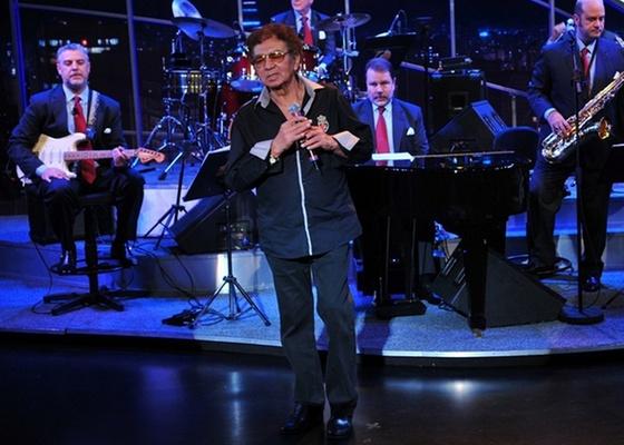 Reginaldo Rossi canta no Programa do Jô (4/11/10)