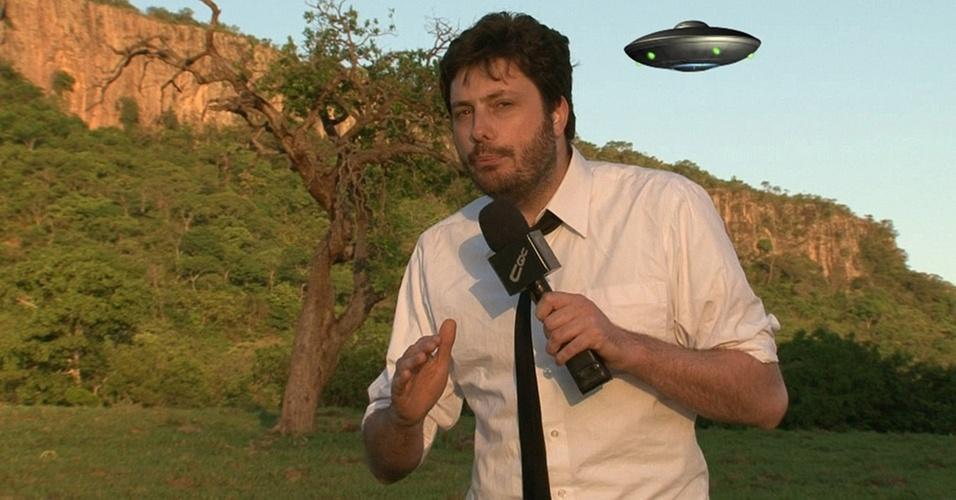 Danilo Gentili grava em Mato Grosso uma reportagem sobre ET (8/11/10)