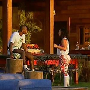 Viola malha a perna e bate papo com Mulher Melancia (08/11/10)
