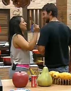 Andressa Soares pergunta se Daniel Bueno está apaixonado por Ana Carolina Dias (15/11/10)