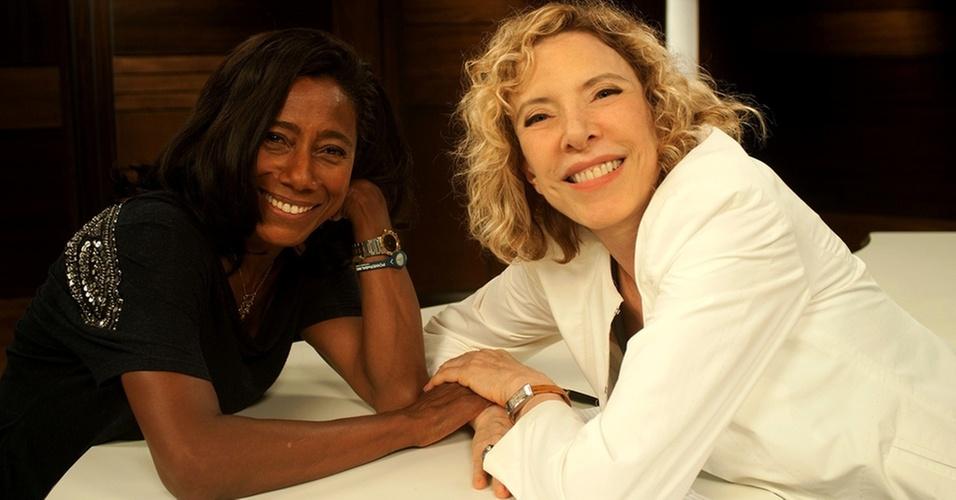 Glória Maria e Marília Gabriela durante gravação de entrevista para o