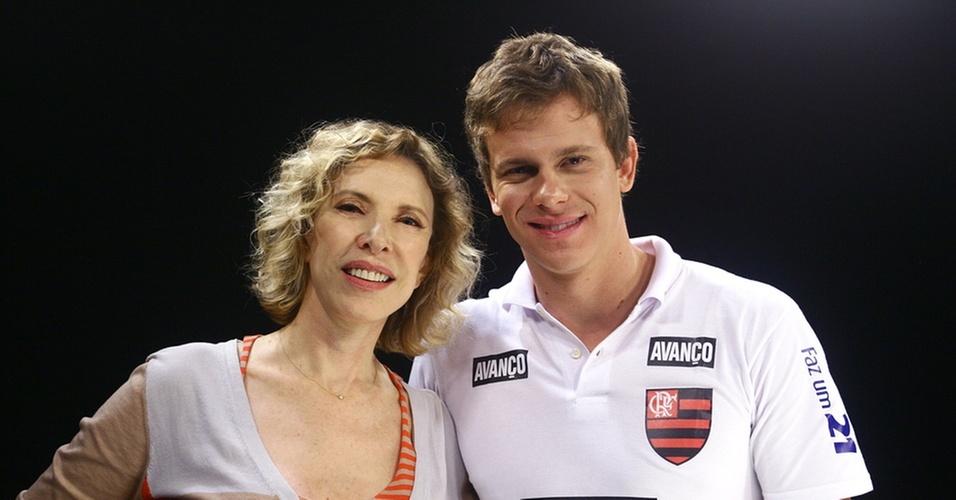 A apresentadora Marília Gabriela e o nadador Cesar Cielo (20/11/2010)