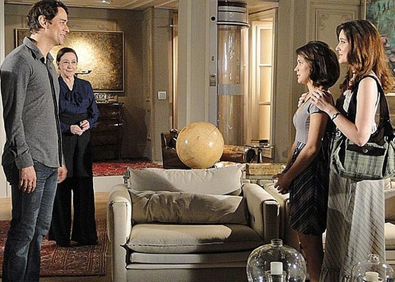 Fátima (Bianca Bin) reencontra Gerson (Marcello Antony) em cena de Passione (5/11/10)