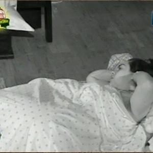 Andressa Soares sofre com insonia na madrugada desta segunda-feira (22/11/10)