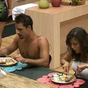 Ana Carolina e Sergio Abreu são os primeiros a atacar (23/11/10)