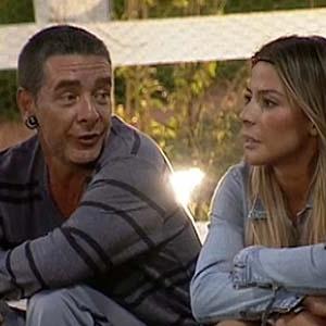 Carrasco e Janaina conversam na área dos animais (24/11/10)