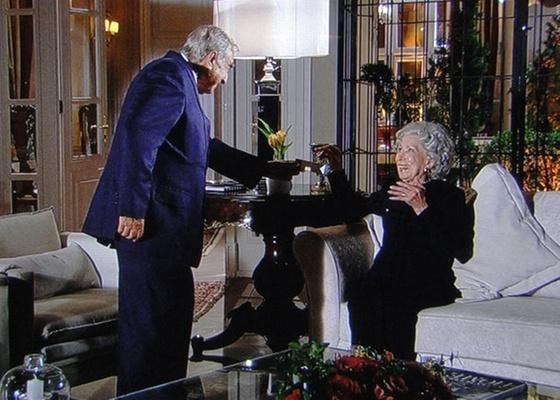 Elias Gleiser e Cleyde Yácones em cena de Passione (23/11/10)