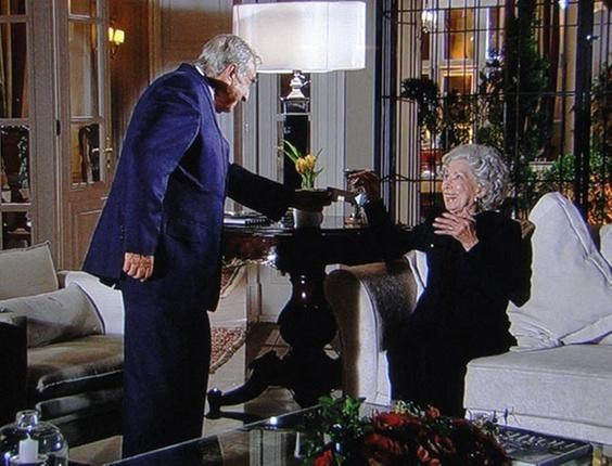 """Elias Gleiser e Cleyde Yácones em cena de """"Passione"""" (3/12/10)"""