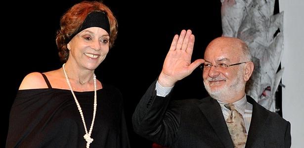 Glória Perez e Silvio de Abreu na premiação Profissionais do Ano, em São Paulo (23/11/10)