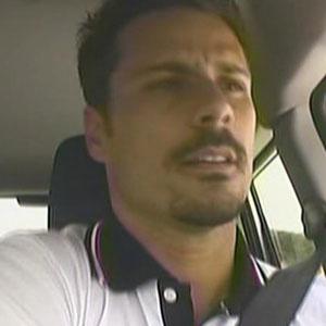 Sergio Abreu representa bem Andressa em prova e dá carro para a Fazendeira (24/11/2010)